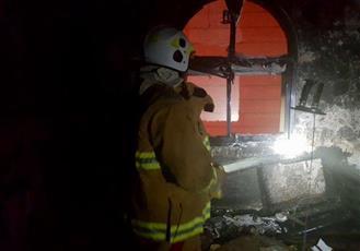 إخماد حريق منزل في مبارك الكبير.. دون إصابات