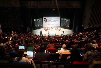 افتتاح القمة العالمية للفنون والثقافة في ماليزيا