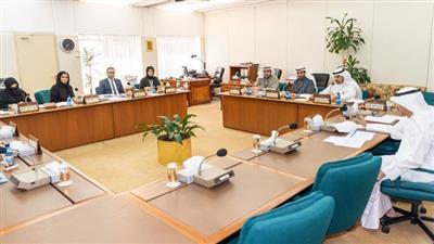 لجنة الشؤون الصحية والاجتماعية والعمل البرلمانية خلال اجتماعها