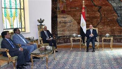 السيسي يستقبل نائب البشير ومدير مخابراته