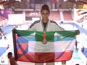 المرأة الكويتية تقتحم ميدان الرياضات القتالية.. وتهمين على بطولات عالمية
