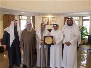 رئيس «الثقافي الكويتي» يبحث بالقاهرة معادلة الثانوية العامة للتعليم الديني