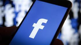 «فيسبوك» يستعيد خدماته بعد انقطاع عالمي لنحو 24 ساعة