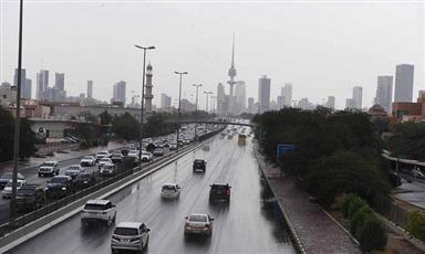 «الأرصاد»: نشاط في الرياح صباح اليوم وفرصة لهطول أمطار رعدية