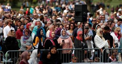 نيوزلمدا.. الحشود تشارك في تأبين الضحايا المسلمين