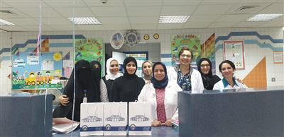 واعظات صندوق إعانة المرضى وموظفات المسجد الكبير زاروا الأطفال بمستشفى البنك الوطني