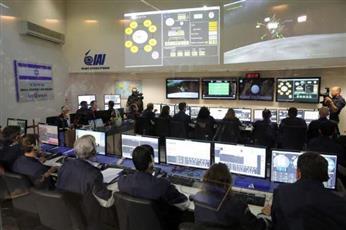 تحطم مركبة الفضاء الإسرائيلية «بيريشيت» أثناء محاولتها الهبوط على سطح القمر