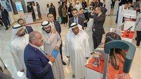 جولة وكيل وزارة الصحة المساعد لشؤوون التخطيط والجودة د. محمد الخشتي في المعرض المصاحب للمؤتمر