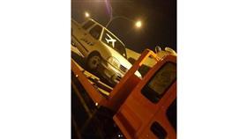 «الداخلية»: ضبط قائد مركبة يقوم بأعمال استهتار ورعونة أثناء القيادة بمنطقة الظهر