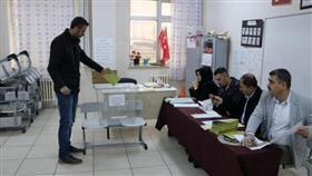 «العدالة والتنمية» التركي: تقديم طعن استثنائي لإعادة الانتخابات المحلية باسطنبول