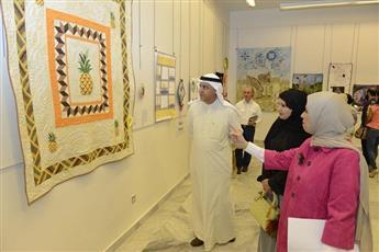 معرض فنون النسيج.. يجسد ملامح البيئة والتقاليد في الكويت والخليج