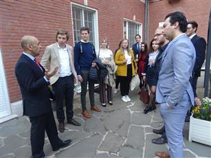 طلاب بلجيكيون يشيدون بدبلوماسية الكويت في المنطقة والعالم