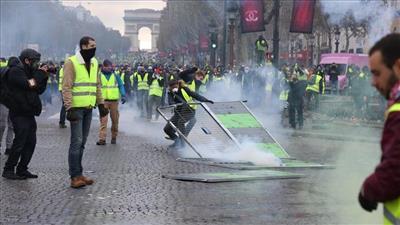 فرنسا تترقب احتجاجًا جديدًا للسترات الصفراء.. وتحذيرات من اندلاع أعمال شغب