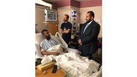 وزير الصحة يتفقد المرضى الكويتيين بمستشفى مايو كلينيك الامريكي