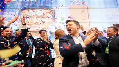 ممثل كوميدي على كرسي الرئاسة في أوكرانيا