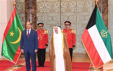 سمو الأمير يستقبل رئيس موريتانيا