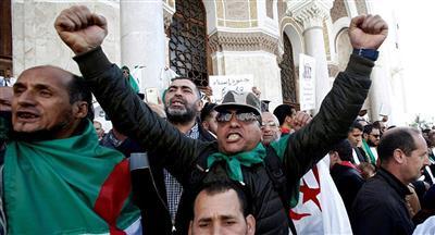 الجزائر: توقيف رجل الأعمال إسعد ربراب والإخوة كونيناف في إطار تحقيقات فساد