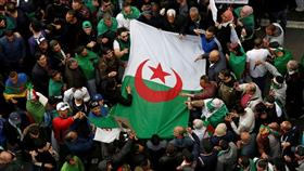 الجزائر.. توقيف 5 مليارديرات في إطار تحقيقات فساد