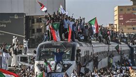السودان: دعوات لمظاهرة مليونية في الخرطوم.. وتهديدات بإضراب شامل