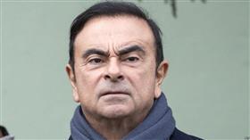 تحت حراسة مشددة.. كارلوس غصن يغادر مركز احتجازه في طوكيو