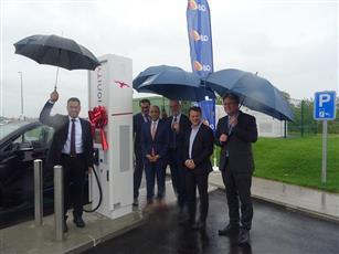 «كيو ايت» تدشن أولى محطات الشحن عالية الطاقة للسيارات الكهربائية في بلجيكا
