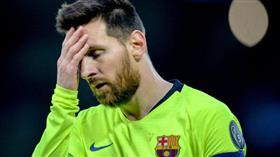 لاعبو برشلونة يتخلون عن ميسي.. والبرغوث يغادر «أنفيلد» وحده