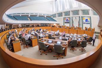 مجلس الأمة يرفض طلب طرح الثقة بوزير الإعلام وزير