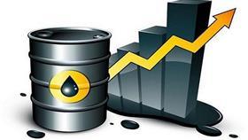 أسعار النفط تصعد من أدنى مستوياتها في شهر