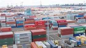 زيادة الرسوم الأمريكية على بضائع صينية بمئات المليارات تدخل حيز التنفيذ