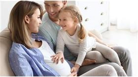 الحمل بعد الثلاثين يُطيل عمر المرأة