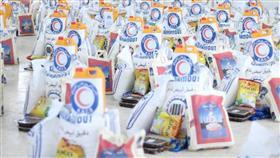 «الهلال الأحمر»: سلال غذائية لمساعدة 15 دولة خلال شهر رمضان