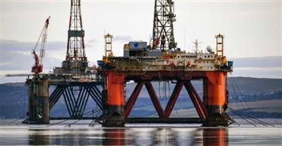 النفط يتراجع ويتخلى عن مكاسبه.. بفعل الحرب التجارية