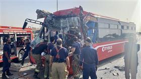 «الإطفاء»: وفاة شخص وإصابة 7 في حادث تصادم بين حافلة نقل ركاب وشاحنة على «الرابع»