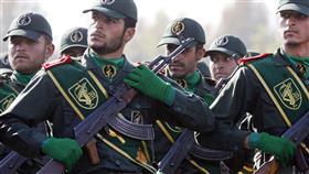 قائد بالحرس الثوري الإيراني: نحن على شفا مواجهة شاملة مع العدو