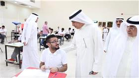 وزير التربية: محاربة التفوق والنجاح.. الوهمي
