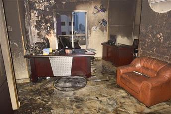 «الإطفاء»: إخماد حريق مكتب في بناية تجارية بالفروانية.. ولا إصابات
