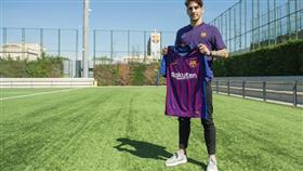 «برشلونة» يعلن رسمياً ضم الهولندي ريس حتى 2022
