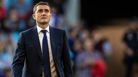 رغم خسارته الكأس والأبطال.. فالفيردي يرغب في إكمال عقده مع برشلونة