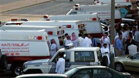 إصابة 20 معتمرًا بانقلاب حافلة في السعودية