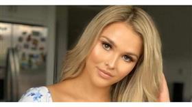 عارضة الأزياء الروسية كيلي ولونسكي