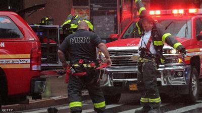 اصطدام مروحية هيليكوبتر بمبنى في وسط نيويورك بالقرب من تايم سكوير