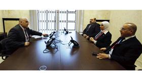 الوزيرة مريم العقيل تجتمع بوزير العمل الفلسطيني