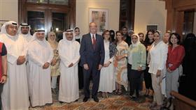 السفير الأمريكي مع المعلمين والمعلمات والخريجين من دورة اللغة الانجليزية