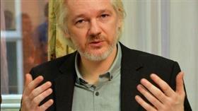 أمريكا تطلب رسميا من بريطانيا تسلم أسانج مؤسس موقع ويكيليكس