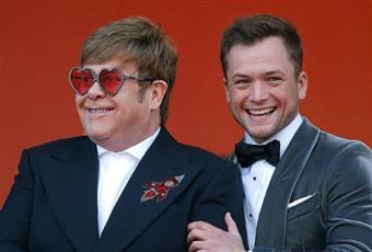 ساموا تحظر فيلما عن سيرة حياة إلتون جون بسبب مشاهد مثلية