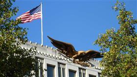 السفارة الأمريكية في الرياض: ندين بأشد العبارات الممكنة الهجوم الحوثي على مطار أبها