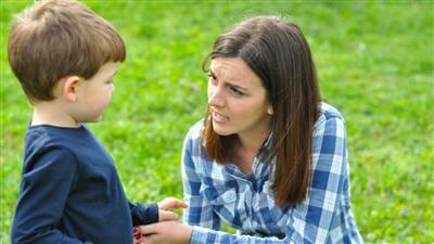 4 أمور يجب على الأم تقبلها في تربية الطفل