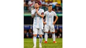 «كوبا أمريكا».. كولومبيا تقهر الأرجنتين بثنائية في حضور ميسي