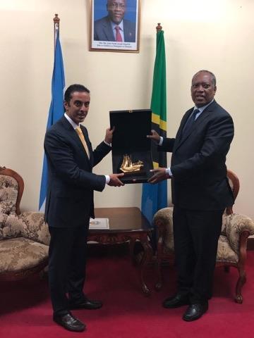 وزير خارجية تنزانيا: ندعم جهود أمير الكويت لرأب الصدع الخليجي