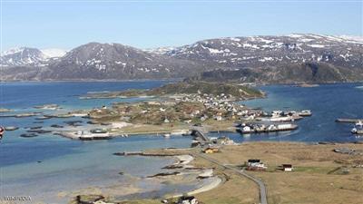 «جزيرة نرويجية» نهارها 69 يوما.. ترفض ساعات العمل التقليدية